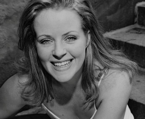 BWW Interview: Theatre Life with Jenn Rapp