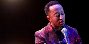 BWW Review: A MOTOWN CHRISTMAS at Signature Theatre