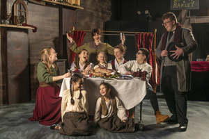 A CHRISTMAS CAROL Brings Holiday Spirit to Contemporary Theater Company