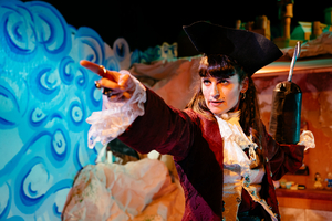 BWW Review: THE FAIRYTALE REVOLUTION: WENDY'S AWFULLY BIG ADVENTURE, Theatre503