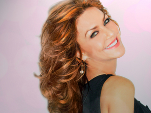 Andrea McArdle Sings BROADWAY WITH A LITTLE HOLIDAY at The Green Room 42