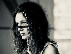 Amy Montgomery Unveils New Single 'Dangerous'
