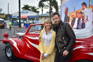 BWW Feature: Olivia Newton-John Meet & Grease, Interview and Book Review at MidFlorida Credit Union Amphitheater