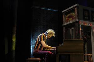 BWW Review: The Phoenix Theatre Company Presents MILLION DOLLAR QUARTET ~ Electrifying!