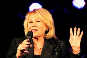 BWW Review: Ilene Graff Brings Christmas Cheer to Feinstein's
