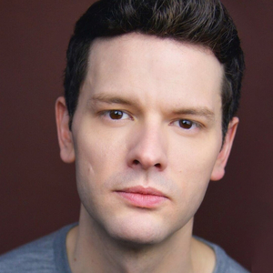 BWW Interview: Irish Rep's Ian Holcomb on the Uniqueness of LONDON ASSURANCE and the Power of Taking Off One's Mask