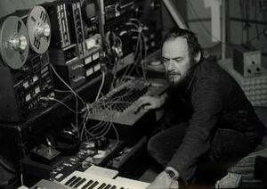 Belgian Experimental Music Pioneer & Founder of Brainticket Joel Vandroogenbroeck Passes Away At The Age Of 81