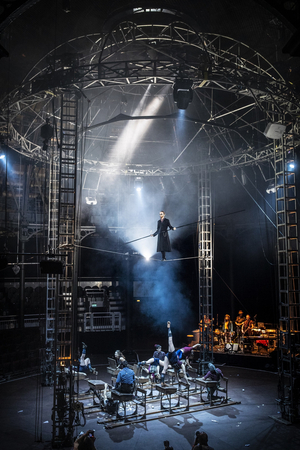 BWW Review: LEXICON, Roundhouse