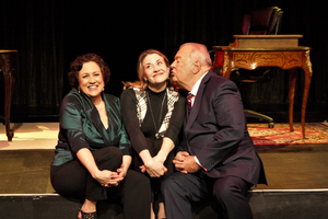 BWW Review: LOVE LETTERS at Alhambra Theatre And Dining