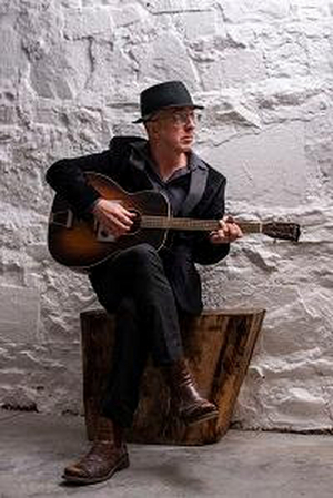 Chris Maxwell Will Release Second Album