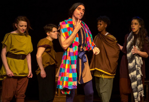 BWW Review: Jobsite Theater's Joyous, Hilarious Production of Shakespeare's A MIDSUMMER NIGHT'S DREAM at the Shimberg Playhouse