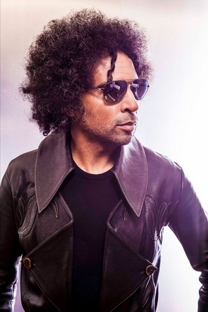 William Duvall Shares New Live Video for 'Smoke And Mirrors'