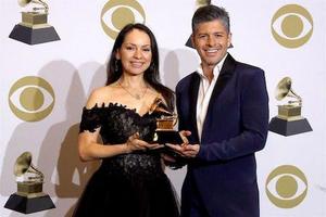 Rodrigo y Gabriela Win a Grammy & Announce Tour Dates