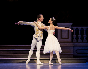BWW Review: PACIFIC NORTHWEST BALLET'S CINDERELLA at McCaw Hall