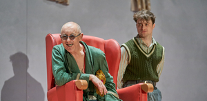 BWW Review: ENDGAME/ROUGH FOR THEATRE II, Old Vic
