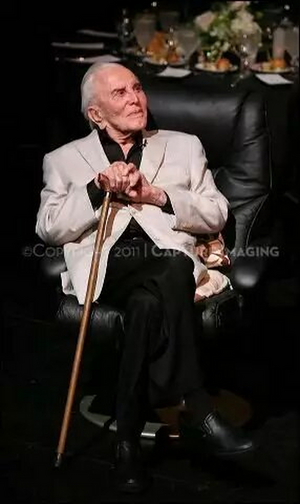 Center Theatre Group to Dim Lights for Kirk Douglas