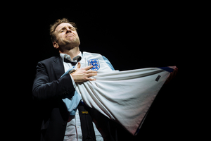 BWW Review: DEATH OF ENGLAND, National Theatre