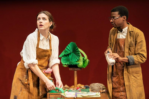 BWW Review: FAR AWAY, Donmar Warehouse