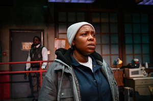 BWW Review: TAMPA BAY PREMIERE PROVES TO BE A HARD HITTING EXPOSE ON LIFE IN THE WORKPLACE WITH SKELETON CREW at American Stage