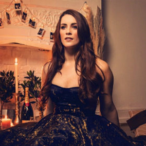 BWW Review: LUCIE JONES LIVE AT THE ADELPHI, Adelphi Theatre