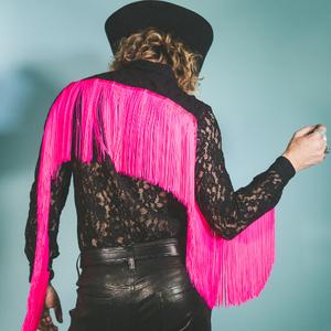 Paisley Fields Unveils 'Ride Me Cowboy' Video