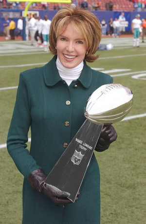 Lesley Visser Will Be the First Woman To Receive Lifetime Sports Emmy