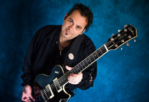 Edi Roque Brings Guitar Wizardy to Arcadia Blues Club