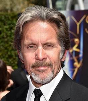 Ensemble Member Gary Cole to Emcee Steppenwolf 2020 Gala