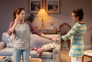 BWW Review: EASY WOMEN SMOKING LOOSE CIGARETTES at Signature Theatre