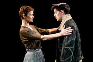 BWW Review: GIVING UP MARTY, The Vaults