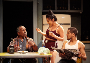 BWW Review: BETWEEN RIVERSIDE AND CRAZY dazzles at 4TH WALL THEATRE