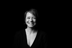 BWW Interview: Independent Artist Anna Straker