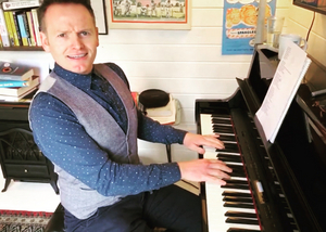 BWW Interview: Joe Stilgoe Chats THE MIDNIGHT GANG, Chichester Festival Theatre at Home
