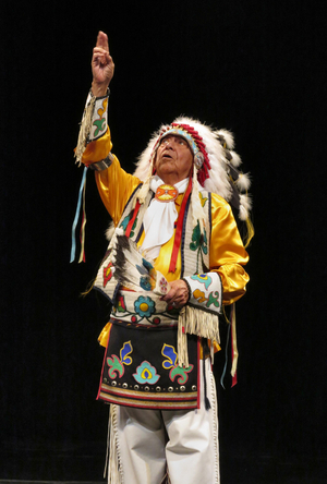 BWW Exclusive: Louis Mofsie, Director of the Thunderbird American Indian Dancers Talks the Company's Mission & More