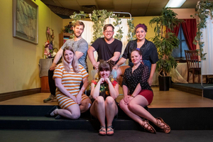 BWW Review: Improv and alcohol meet Shakespeare for Drunk Classics: A MIDSUMMER NIGHT'S DRINK