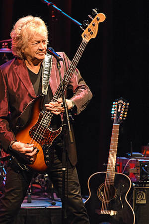 John Lodge Releases New Single 'In These Crazy Times (Isolation mix)'