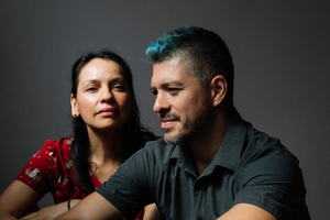 Rodrigo y Gabriela Announce New Double Live Album; Share Live Version Of Pink Floyd's 'Echoes'