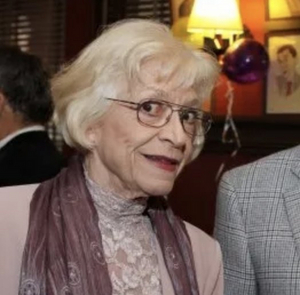 Stage and Screen Actor Patti Karr Dies at 88