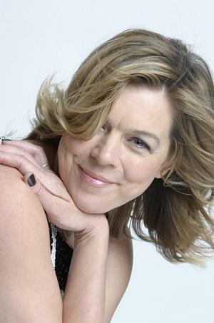 BWW Interview: Janie Dee Talks A LITTLE NIGHT MUSIC at Opera Holland Park