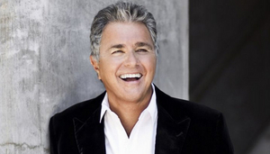 Irvine Barclay Theatre Presents Steve Tyrell Performing At Bayside Restaurant In Newport Beach