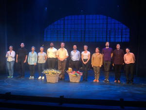 BWW Review: COME FROM AWAY at Östgötateatern