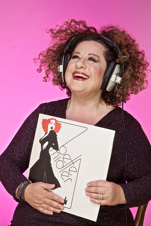 Sue Kelvin Performs BETTE MIDLER AND ME at The Garden Theatre at The Eagle