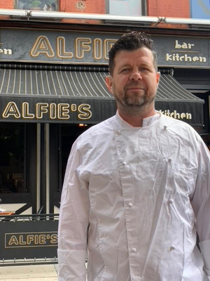 Chef Spotlight: Executive Chef Darren Pettigrew of ALFIE'S BAR & KITCHEN in Hell's Kitchen, NYC