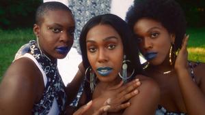 Ahya Simone Unveils 'Frostbite' Video