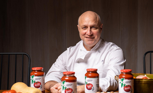 """Celebrate International Chef's Day with THE JERSEY TOMATO CO. and Brand Ambassador """"Top Chef"""" Judge, Tom Colicchio"""