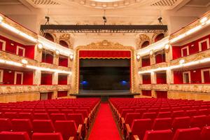 Los Teatros de Catalunya cierran hasta nuevo mandato
