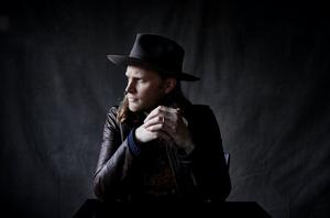 Wesley Schultz Announces Livestream Show on Nov. 15