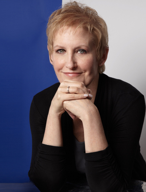 Liz Callaway  Will Release Holiday Album 'Comfort and Joy - An Acoustic Christmas'
