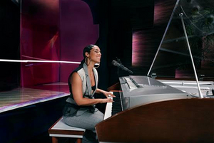 Alicia Keys Joins MasterClass to Teach Songwriting and Producing