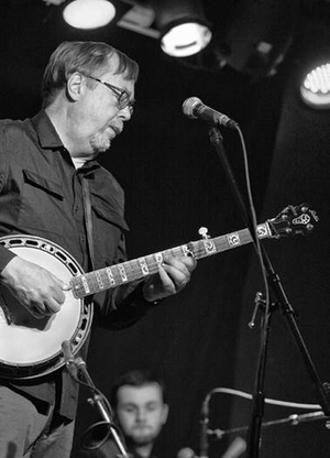 Banjo Master Tony Trischka Celebrates 25th Anniversary of GLORY SHONE AROUND with Live Stream from Club Passim